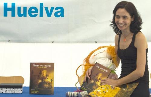 """Presentación """"Tengo una mamá"""" en Feria del Libro de Huelva, 2011"""
