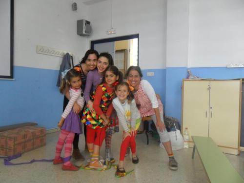 Cuentacuentos en Sevilla, junto a Guada, Raquel, Carmen, Eva y Marina, 2012