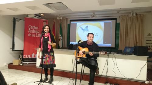 "Presentación ""Sólo respirar"" en Huelva, junto a Luis Guitarra, 2015"